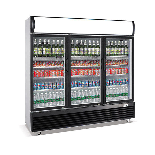 1330L Vertical Three Door Beverage Display Cooler Low Energy Consumption
